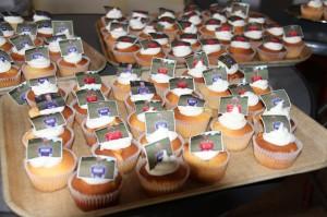Unieke cupcakes met foto's van de schaatssters